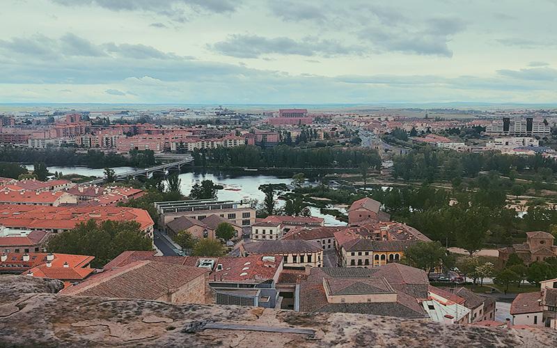 Buildings and greenery in Salamanca